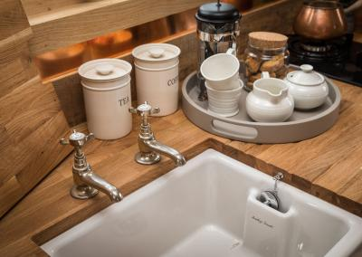 Sink, worktop and drainer