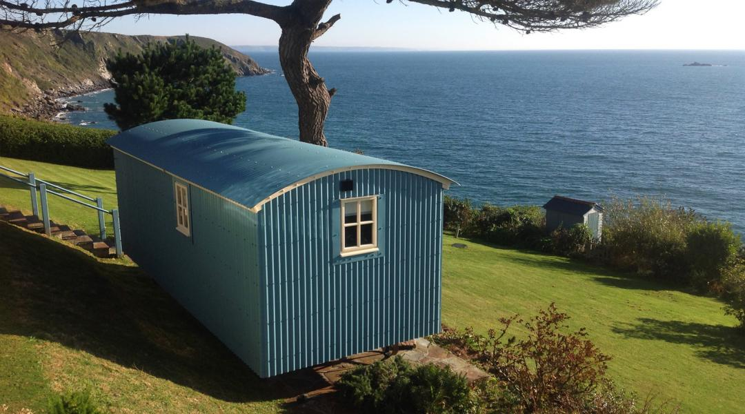 Luxury Hut over looking the coastline